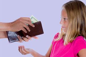 Чи давати дитині кишенькові гроші