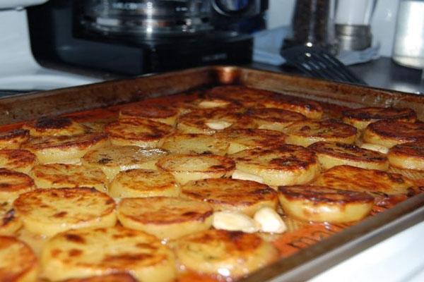 Картопля з маслом