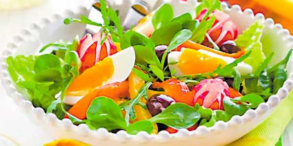 весняний салат з яйцями