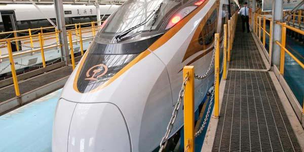 найдовший поїзд