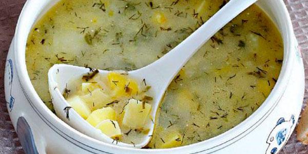 Суп з молодої картоплі
