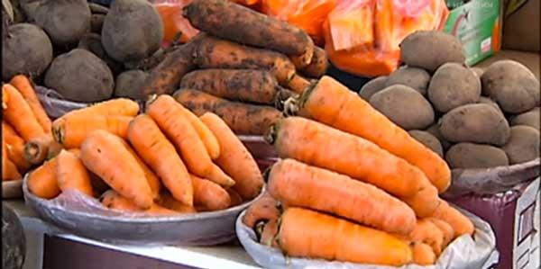 морква на весах