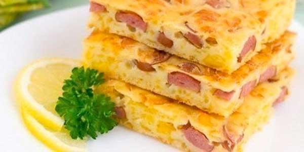 пиріг із ковбасою і сиром