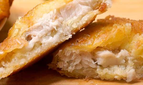 Риба у скоринці з картоплі
