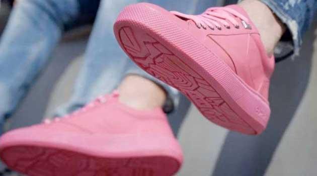 Кросівки з жуйки