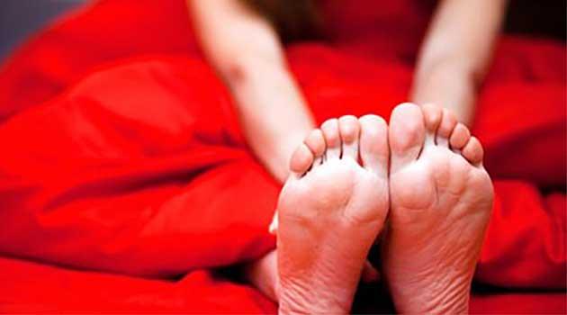 Нічні судоми ніг