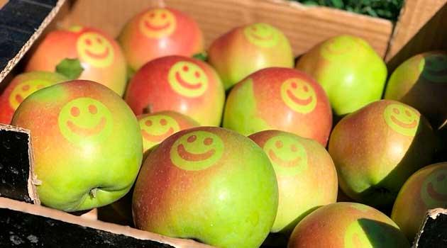 Яблука зі смайликами