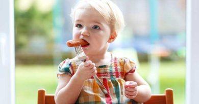 Не годуйте дітей сосисками
