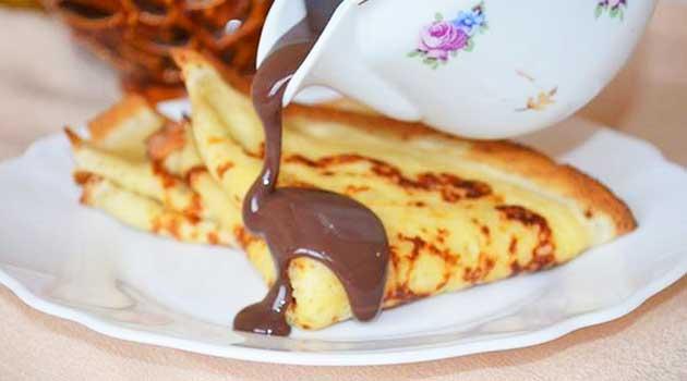 Шоколадний соус для млинців