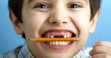 Чому небезпечно гризти олівці й ручки