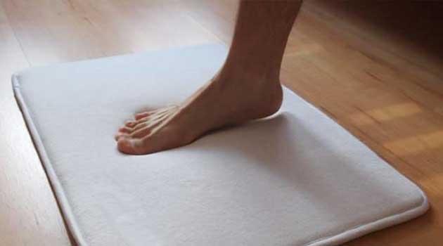 вставати потрібно з правої ноги