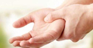 Масажуєте руки