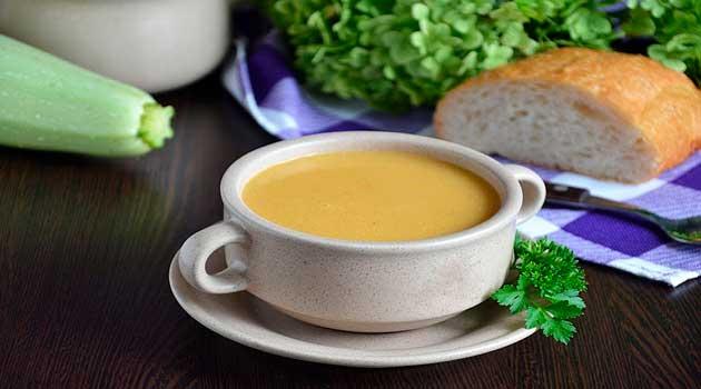 Суп-пюре з кабачками