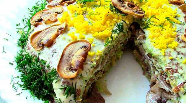 Кабачковий торт із грибами