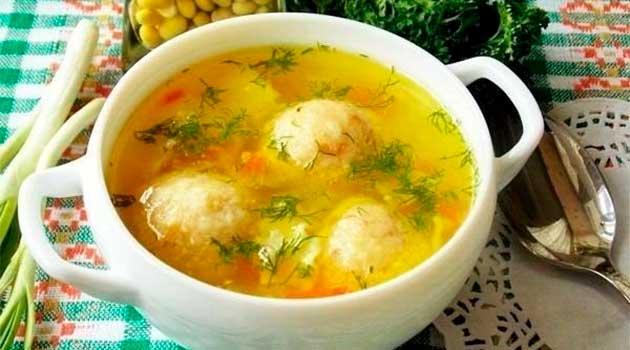 Овочевий суп із сирними кульками