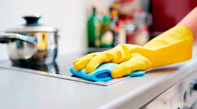 Як прибрати жир на кухні