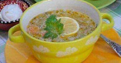 Рисовий суп із кунжутом
