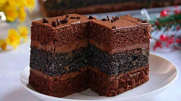 Шоколадний торт зі згущеним молоком