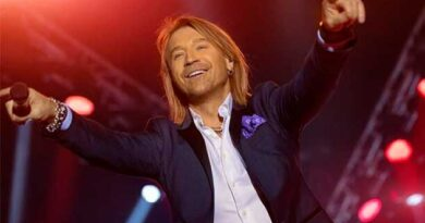 Співак Олег Винник