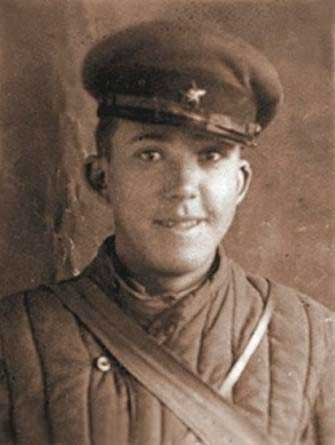 Старший сержант Юрій Нікулін