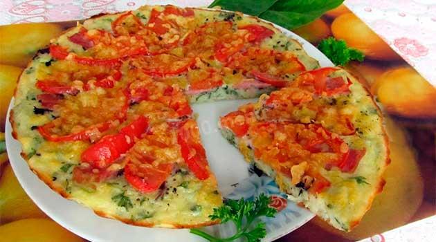Смажені кабачки з яйцями і помідорами