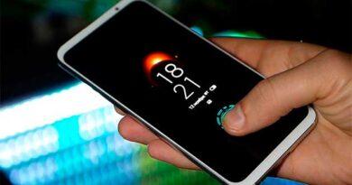 Тримаєш смартфон за допомогою однієї руки