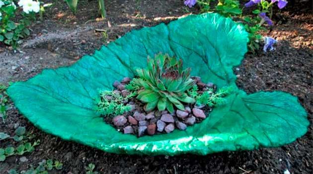 Горщики для квітів у вигляді листків