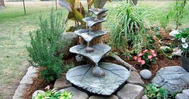 Мініводоспад або фонтан із цементних листків