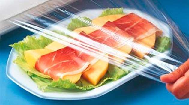 обмотуйте продукти у харчову плівку