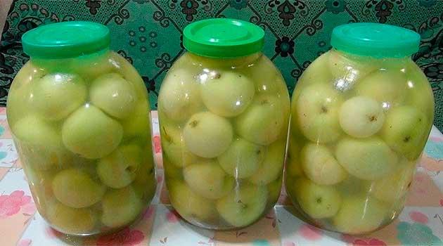 Яблука мочені домашні
