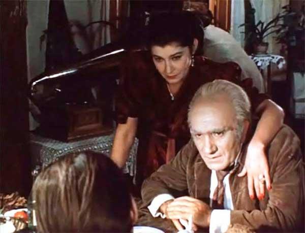 Армен Джигарханян у фільмі «Місце зустрічі змінити не можна»