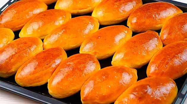 Пиріжки з курячою печінкою