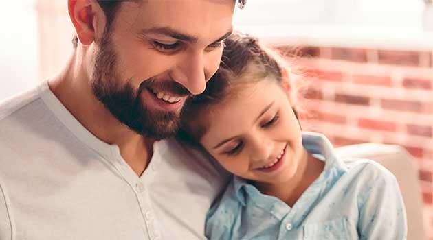 Як запевнити свою доньку в тому, що вона красива?