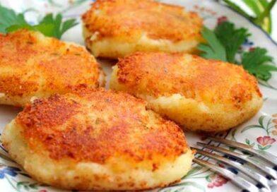 Картопляні перепічки у сухарях