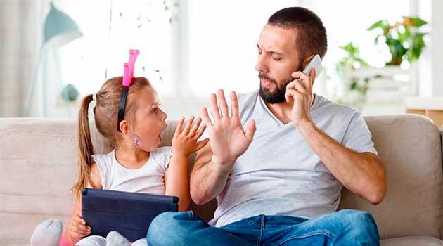 Як навчити дитину не перебивати старших