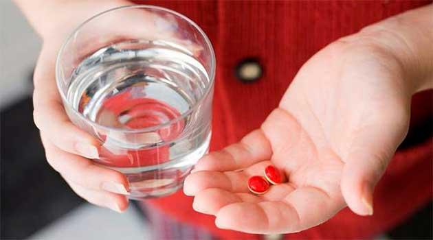 Як правильно запивати таблетки