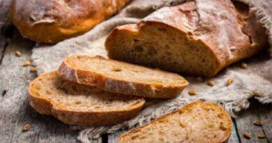 Як зробити м'яким черствий хліб