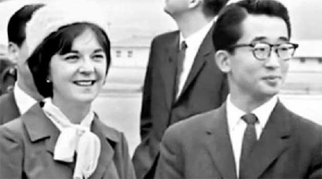 Українка Юлія Муллок і корейський принц Лі Гу