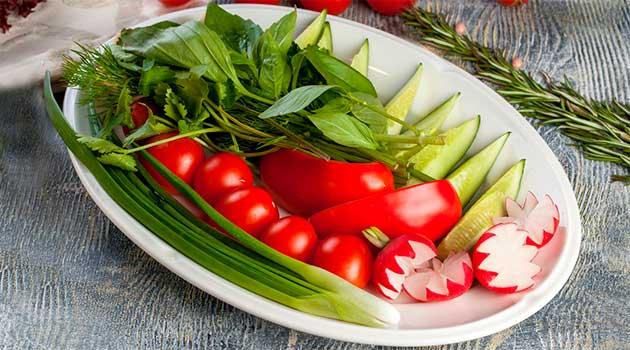 Нітрати в перших весняних овочах