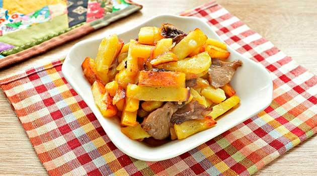 Печеня з молодою картоплею