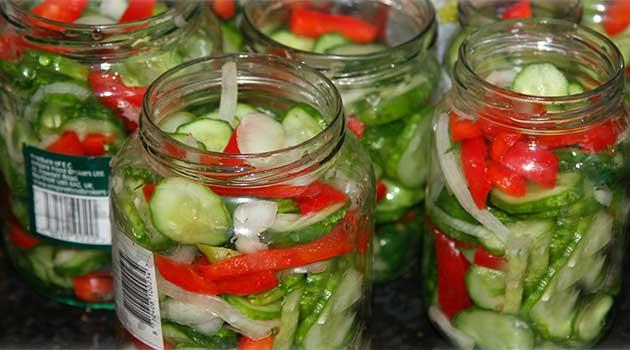 Польський салат з огірків