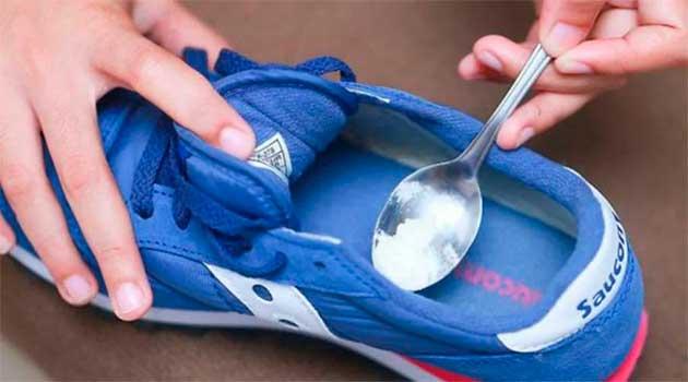 Освіжаємо взуття содою