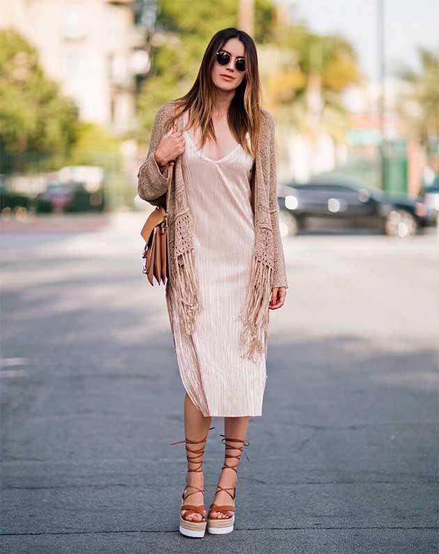 Сукня - білизняний стиль