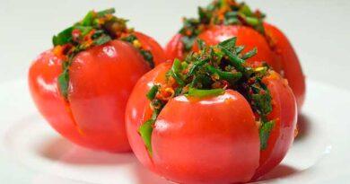 Фаршировані томати по-корейськи