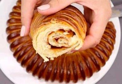 Пиріг «Равлик» зі згущеним молоком